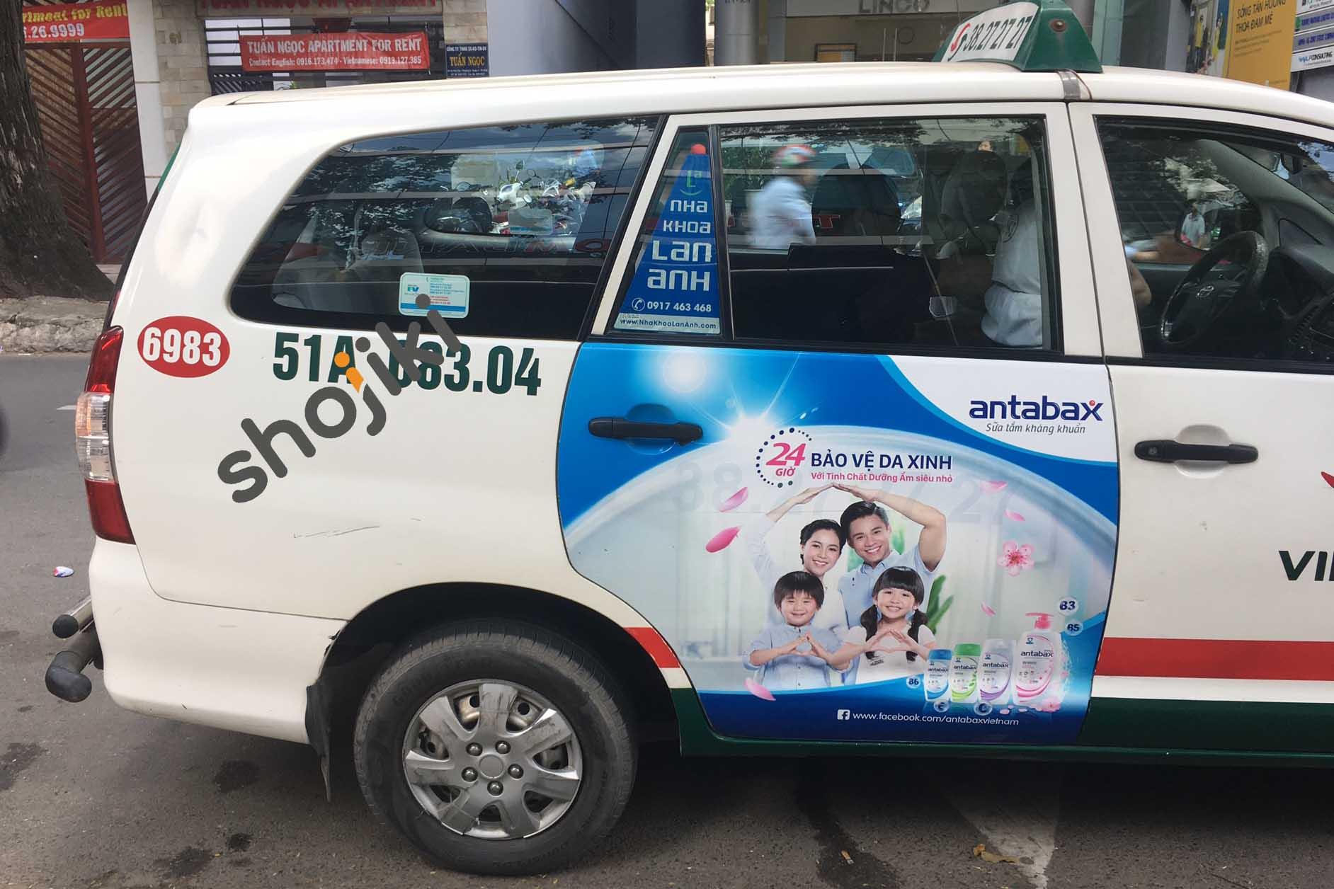 Quảng cáo taxi cửa hông Vinasun