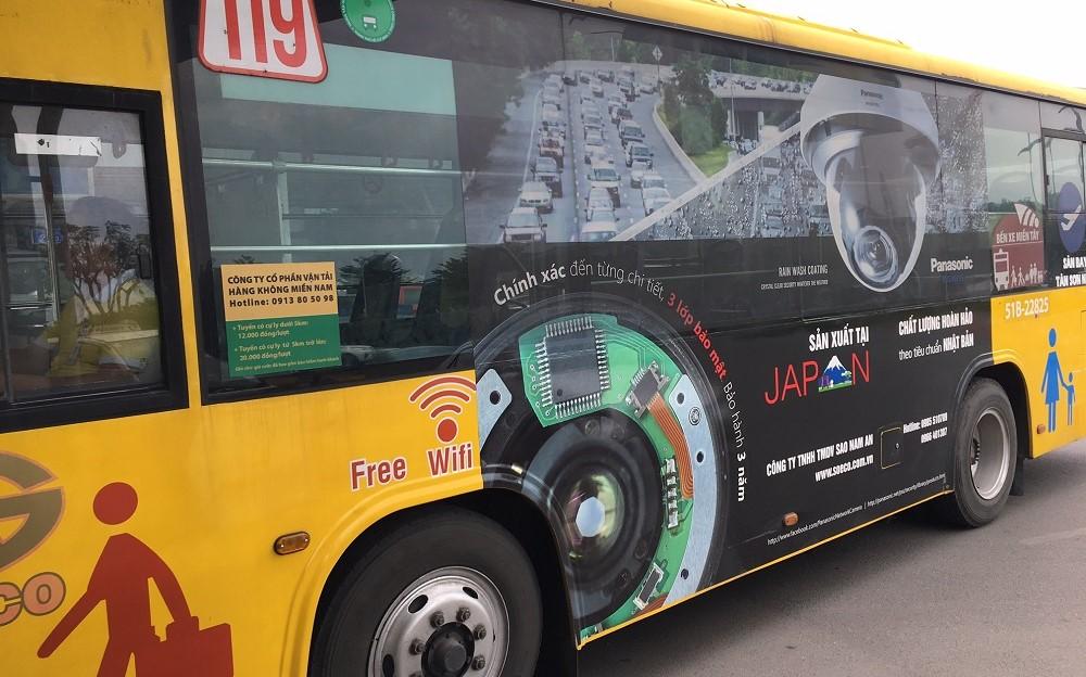 Quảng cáo xe buýt từ sân bay