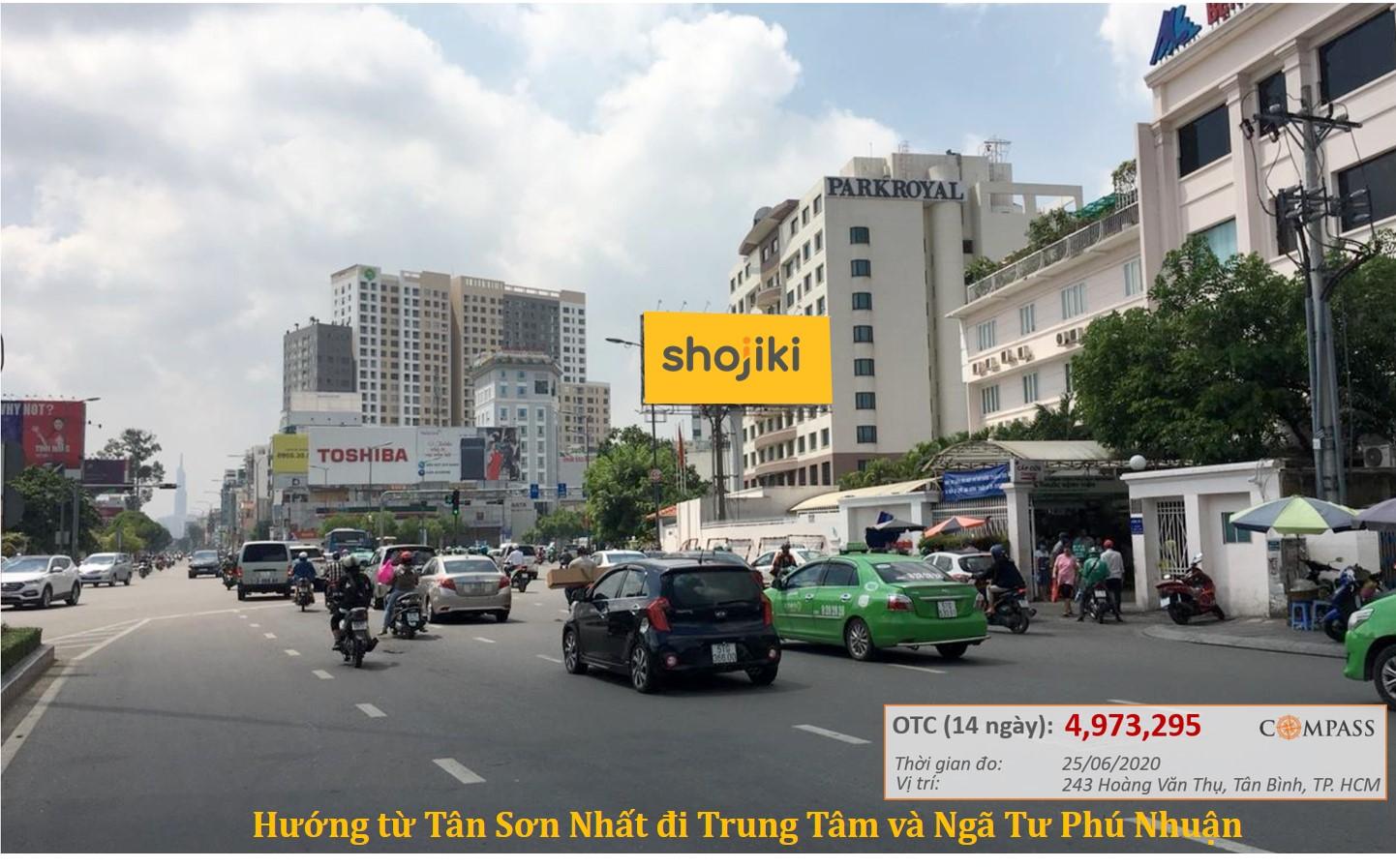Bảng quảng cáo Hoàng Văn Thụ