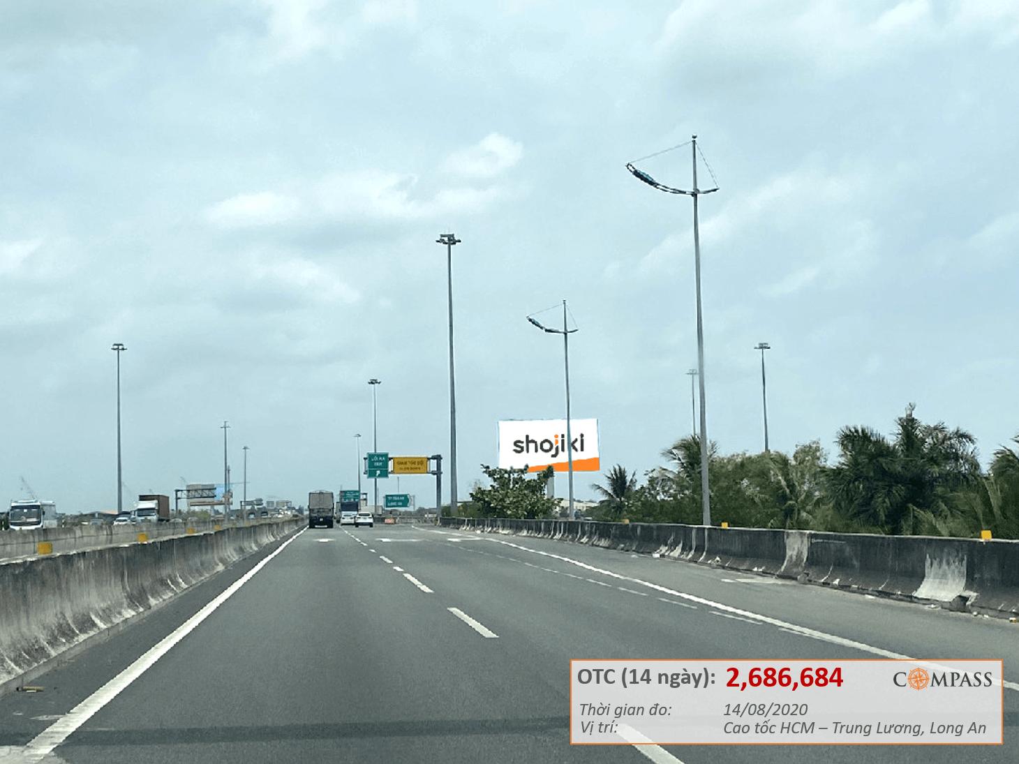 Bảng quảng cáo Cao tốc HCM - Trung Lương, Long An