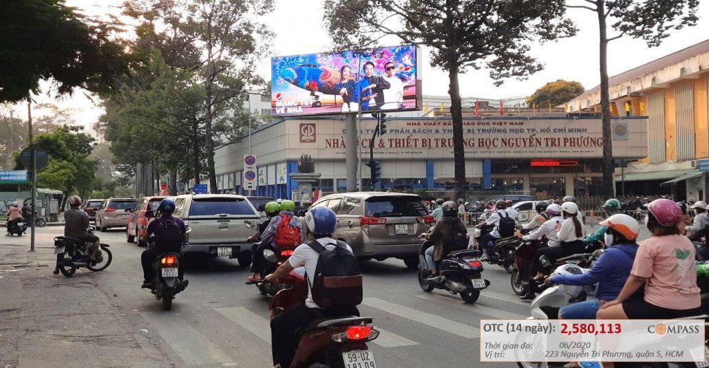 Quảng cáo màn hình led ngã tư Nguyễn Tri Phương và Hùng Vương