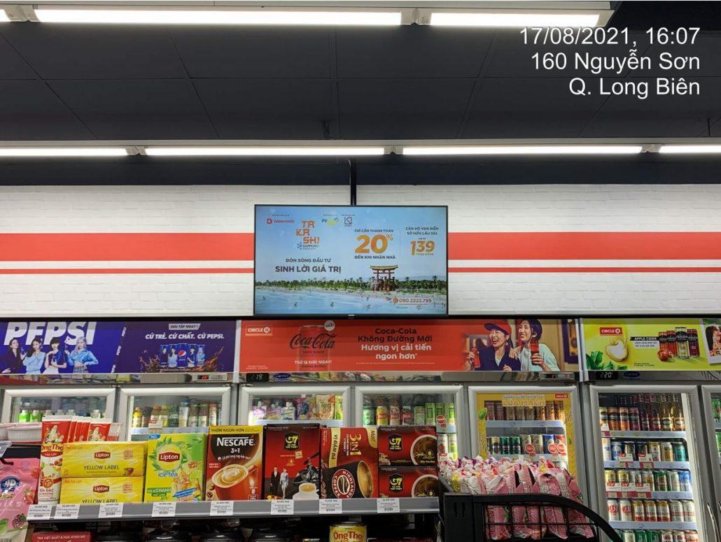quảng cáo cửa hàng tiện lợi