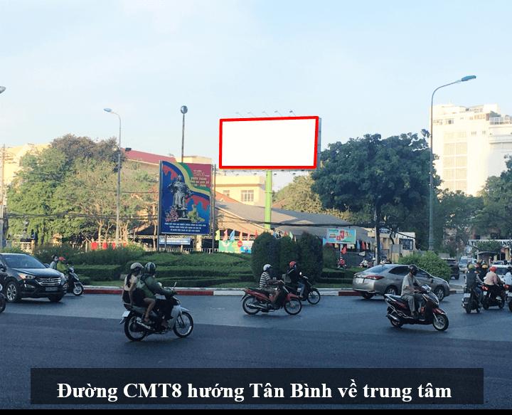 Bảng quảng cáo nút giao Cách Mạng Tháng Tám - Võ Thị Sáu, quận 3, Hồ Chí Minh